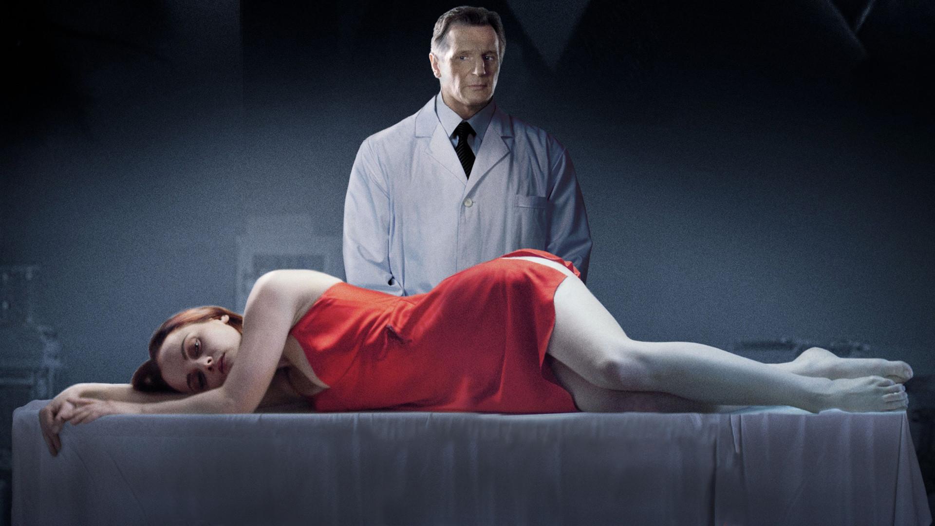 Cristina Ricci nackt frei